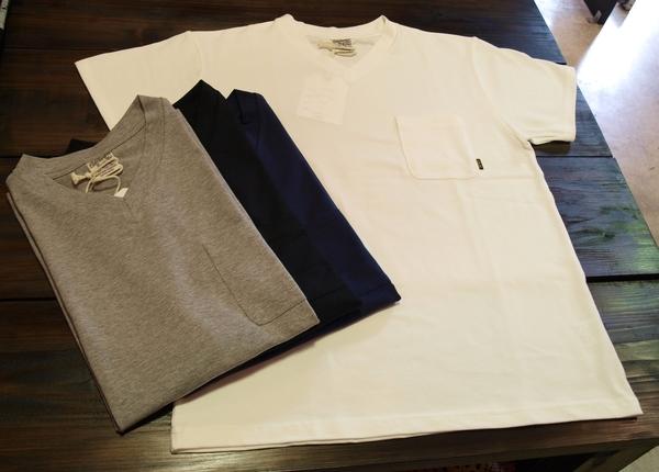 CALEE V-NECK POKET Tシャツ2.JPG