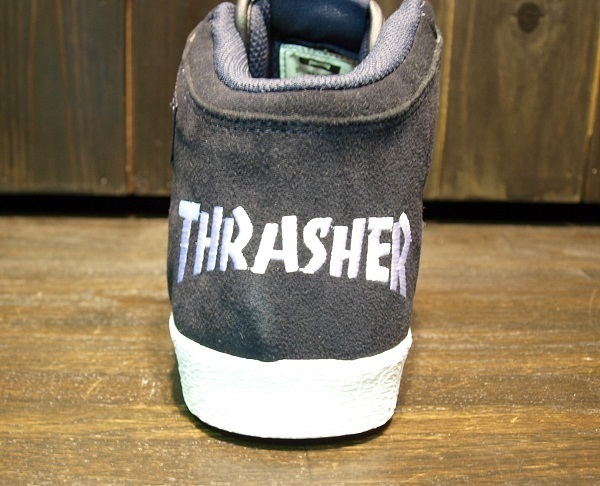 THRASHER スニーカー (5).JPG