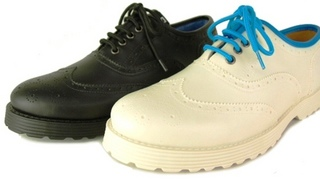 brogoe_shoes_bar.jpg