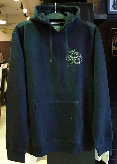 onesforte.huf_THIRD EYE TRIANGLE PULLOVER.b.JPG